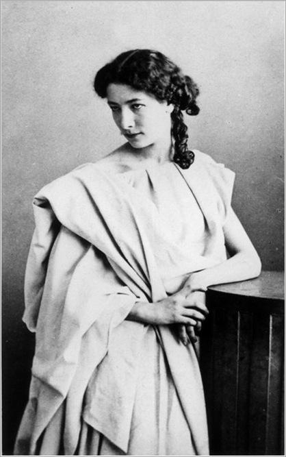 Sarah_Bernhardt_1860