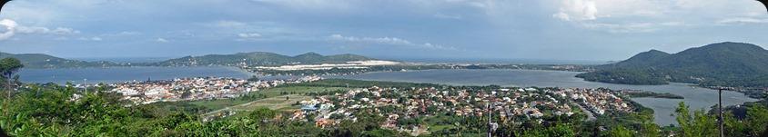 1200px-Lagoa_Conceção_Panorama_Florianópolis_01_2008